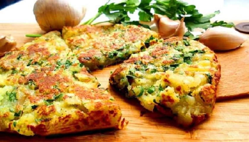Картофельный омлет с чесноком: шедевр кулинарии на завтрак