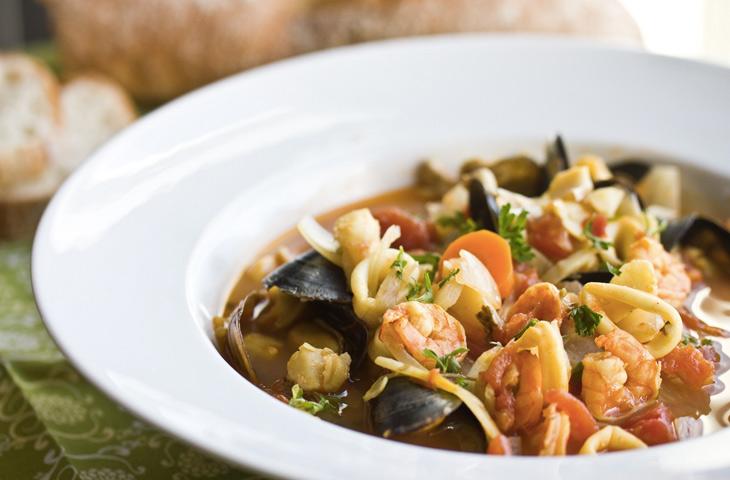 Буйабес: суп французских рыбаков, ставший блюдом высокой кухни