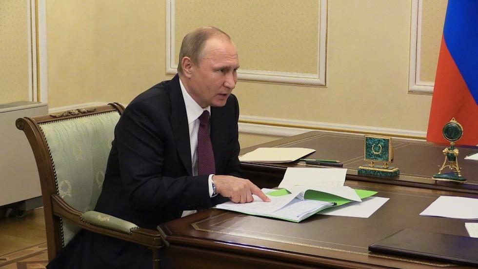 """""""Борзота!"""" Путин ответил главе завода, отказывающегося платить зарплату рабочим"""