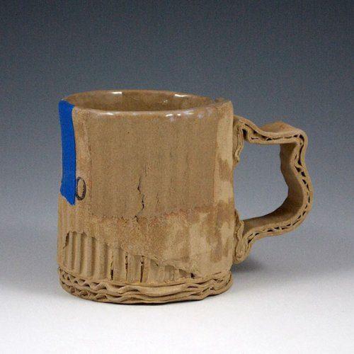 А как вы думаете, это настоящие картонные чашки?