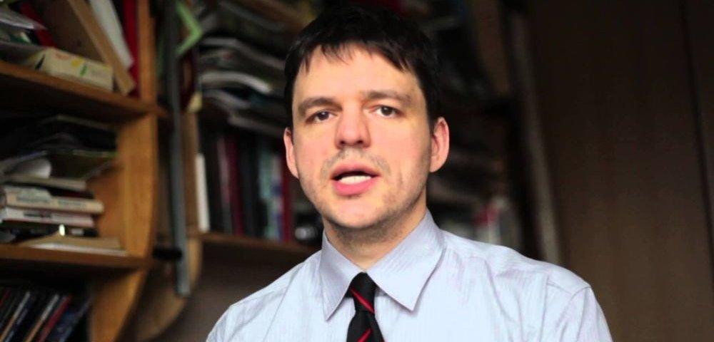 Депутат сейма сравнил проживающих в Латвии русских с вшами