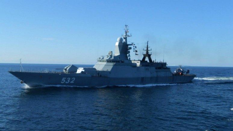 DT: Лондону пришлось в третий раз за полгода провожать российские корабли