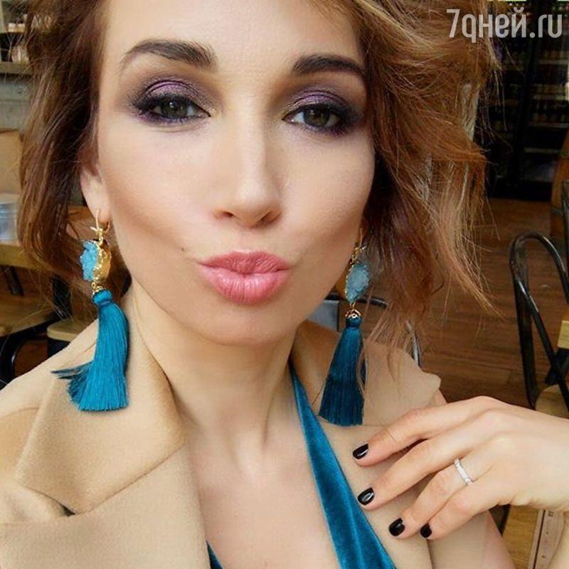 Образ дня: Анфиса Чехова в Dulcis Shop