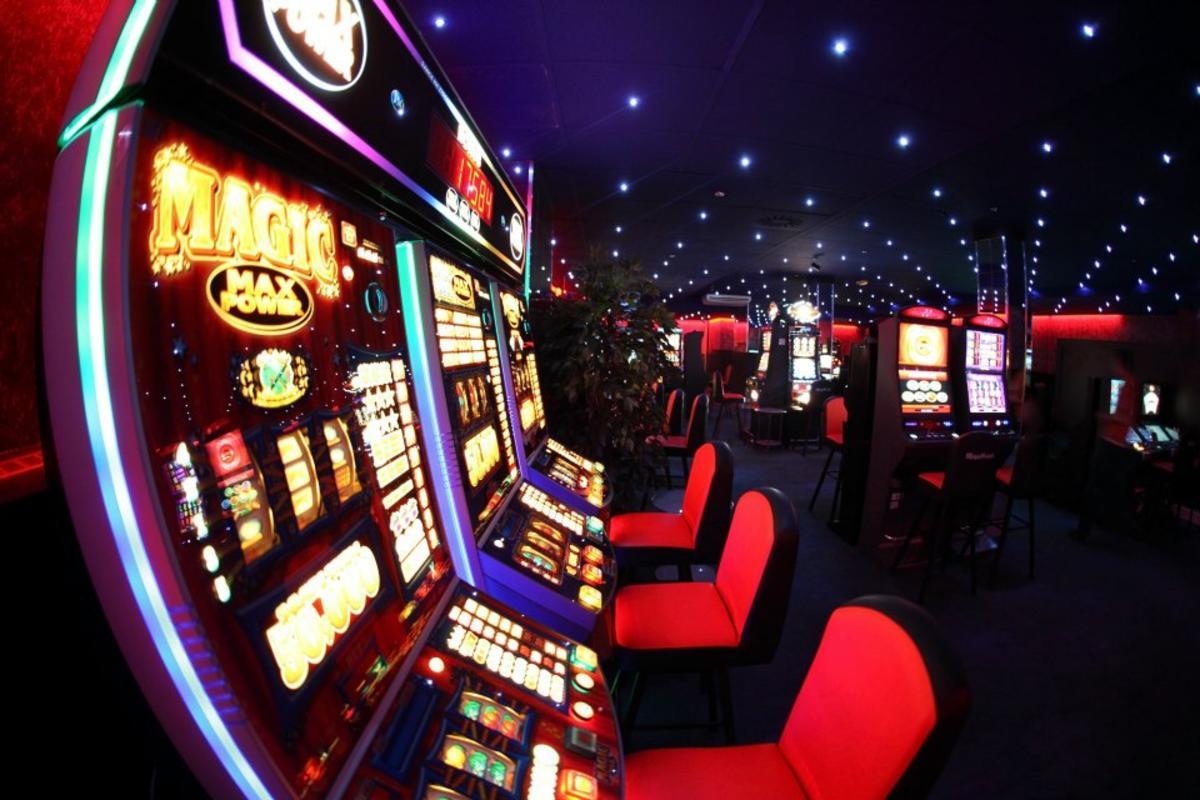Как играть на сайте казино В…