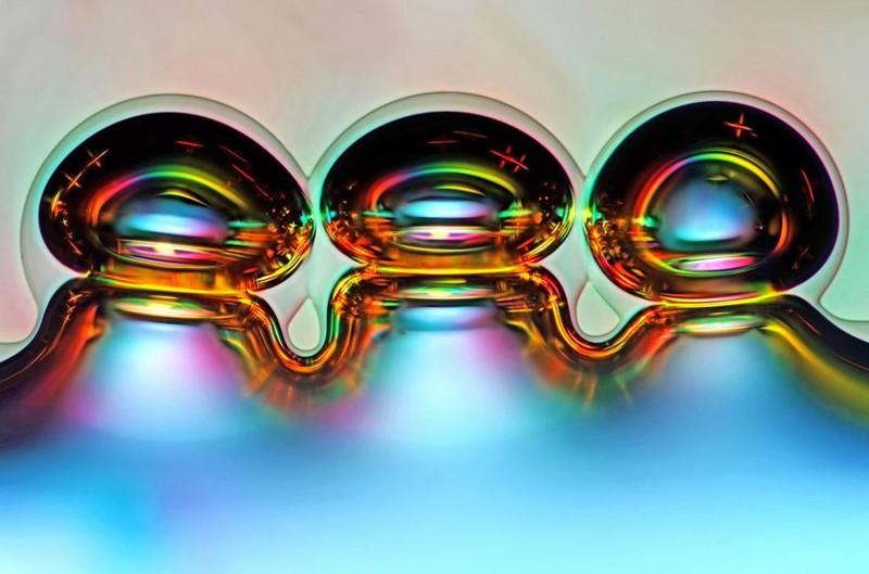 7. Шестое место: пузырьки воздуха в расплавленной аскорбиновой кислоте nikon, конкурс, красота, фото
