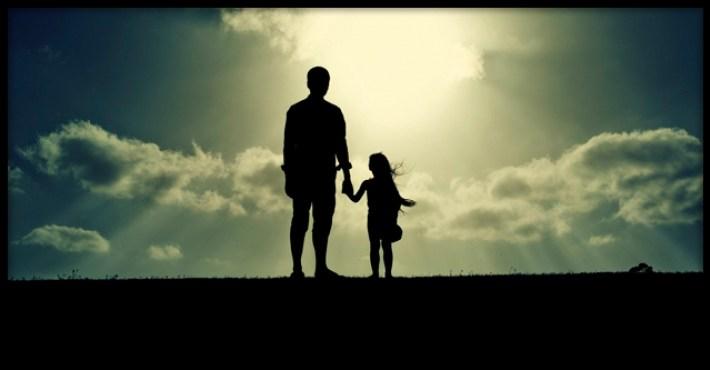 История о том, как отец дочке маму искал