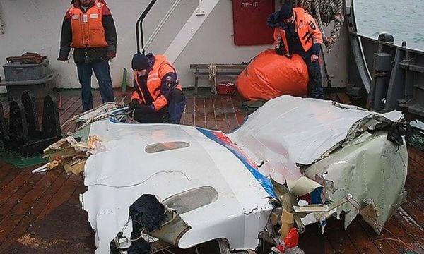 Причиной крушения Ту-154 под Сочи стал перегруз: СМИ