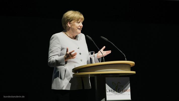 Канцлер Германии Ангела Меркель рассказала, как исправить ошибки Евросоюза