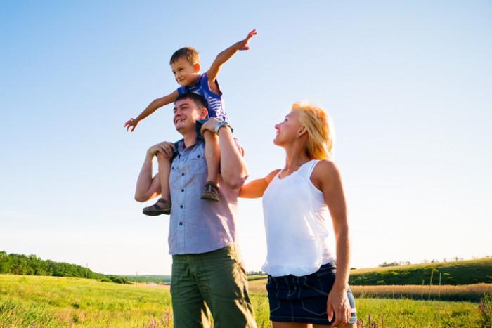 12 вешей, которые обязательно нужно успеть сделать на каникулах с детьми