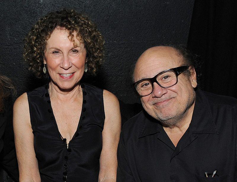 Семья по‑голливудски: роман Дэнни де Вито и Реи Перлман длиной в 48 лет