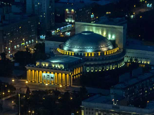 Новосибирский театр оперы и балета возглавил дирижер мюзикла «Норд-ост»