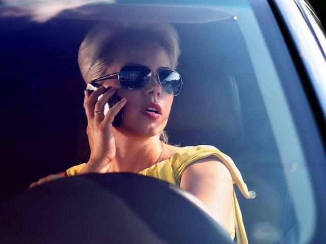 Самые шокирующие и опасные грехи женщин за рулем