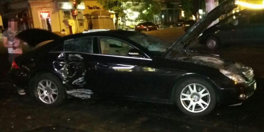 Водитель Mercedes совершил ДТП и открыл стрельбу по участникам аварии