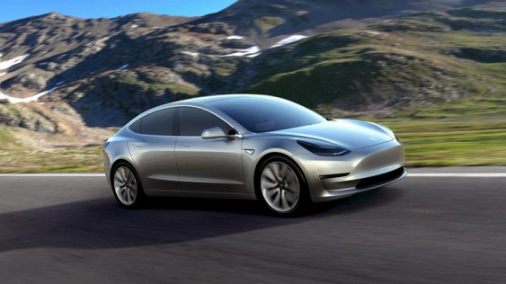 Tesla Motors начнет выпуск новой модели электромобиля в сентябре
