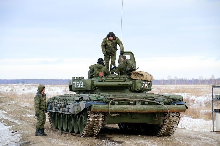 Таманскую дивизию перевооружили на модернизированные танки Т-72Б3