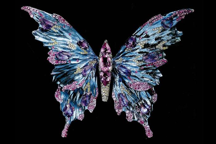 Украшение-бабочка.