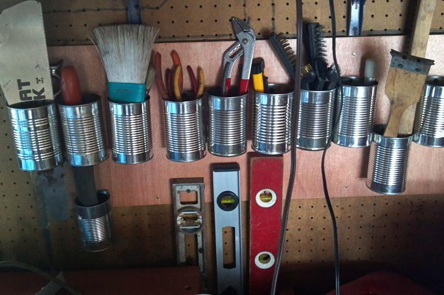 Крепеж для инструмента на стену своими руками