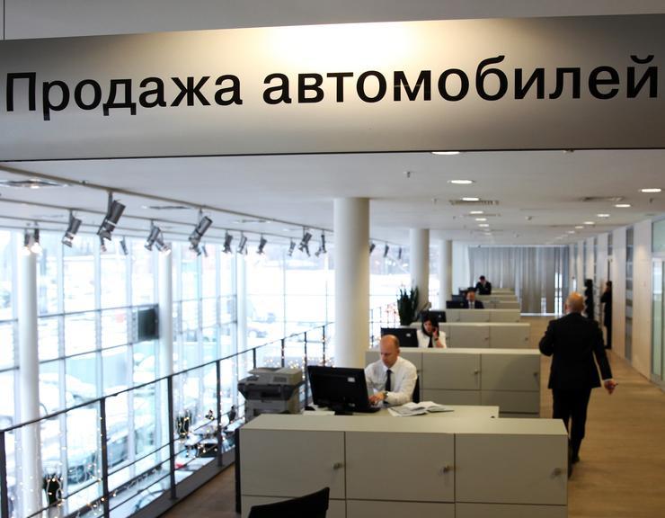 Почему, продавая машину через аvito.ru и auto.ru, можно остаться и без денег, и без авто