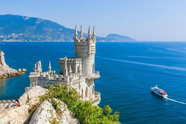 Сербия не признает Крым российским