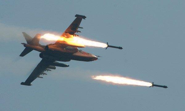 Авиация Сирии нанесла мощный удар по террористам ИГИЛ в районе Хамы