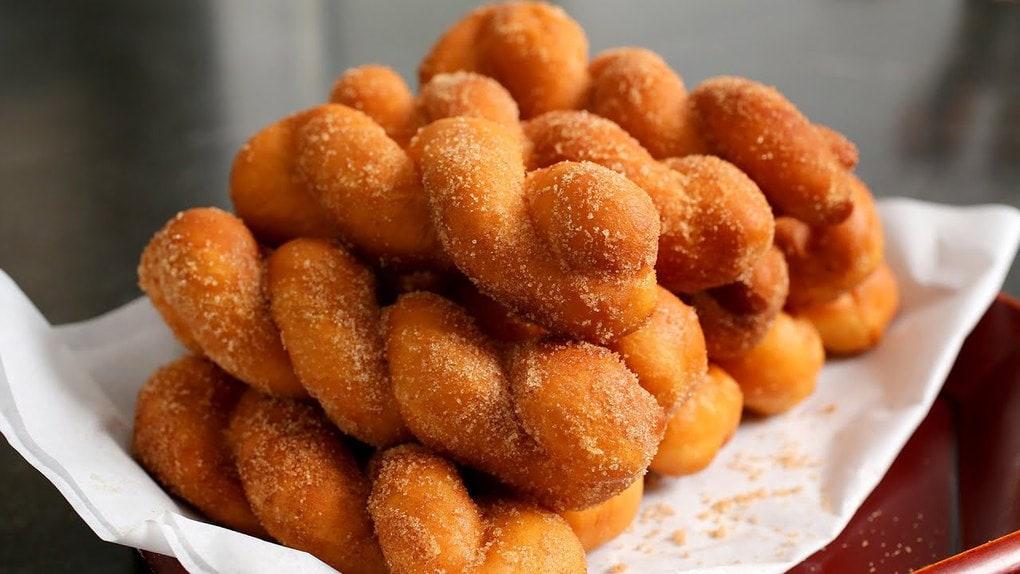 Закрученные корейские пончик…