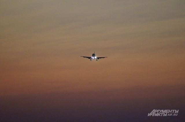 Самолет с олимпийцами из РФ задержали в Сеуле на полтора часа
