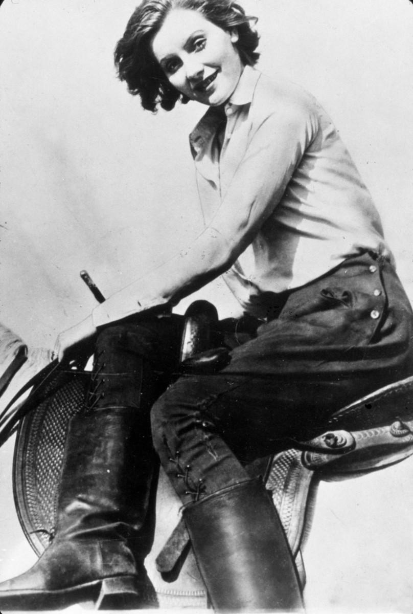 111 лет Грете Гарбо: пронзительные цитаты и роскошные фото дивы