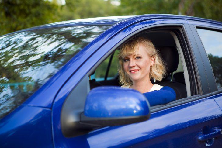 В автошколе плохому не научат… Или как я остановил блондинку за превышение