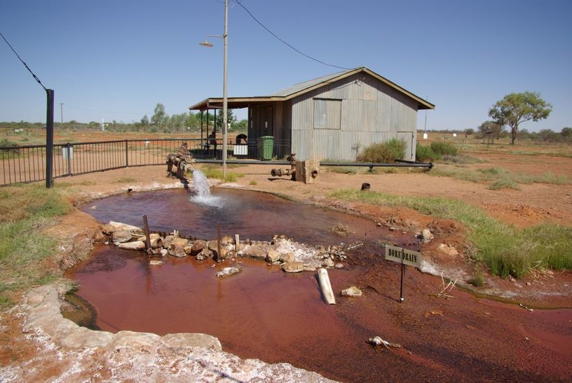 Одни пустыни и соленые озера: откуда австралийцы берут пресную воду