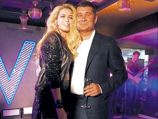 Экс-бойфренда Веры Брежневой застукали с Викторией Боней