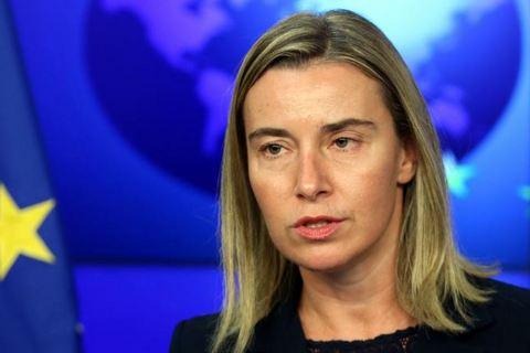 Могерини: Мы в Евросоюзе были бы рады снять санкции с России, да не можем