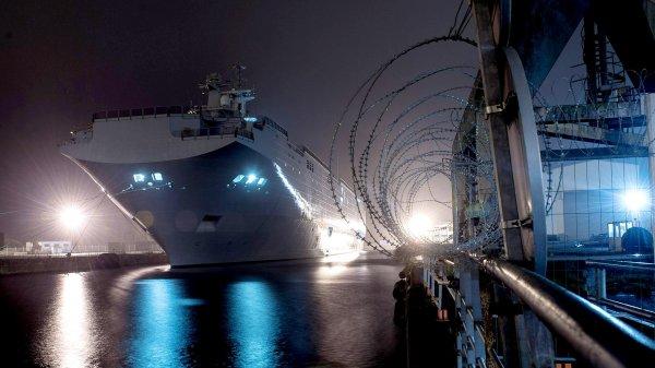 С опозданием на 10 лет: Какие вертолетоносцы получит ВМФ России