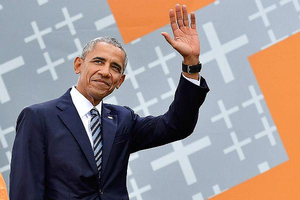 СМИ: Обама хотел «взорвать» российскую инфраструктуру «цифровой бомбой»