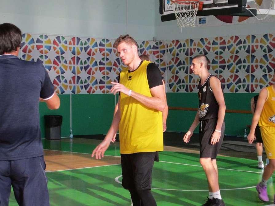 «Киев-Баскет» собирается раз…