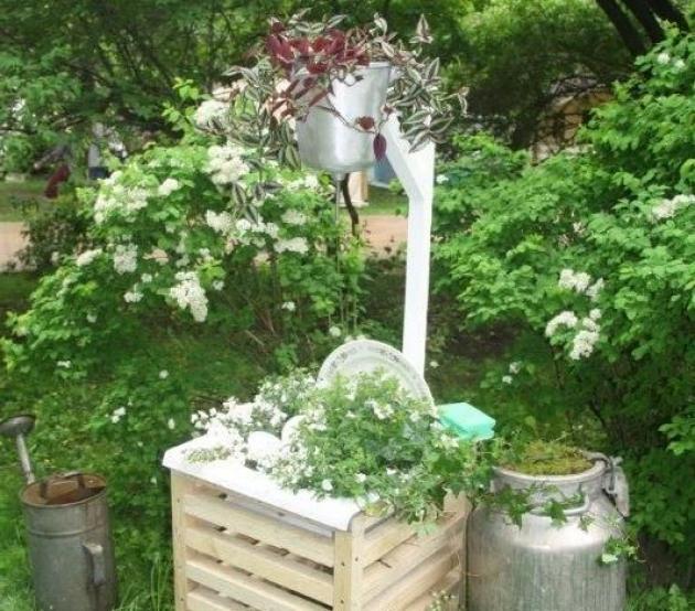 Интересная идея - цветник в раковине