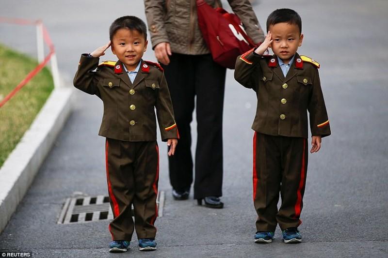 Ракета? Что ракета? Повседневная жизнь в Северной Корее продолжается