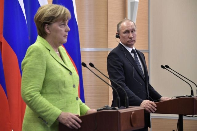 Путин и Меркель обсудили ситуацию вокруг конфликта в Керченском проливе