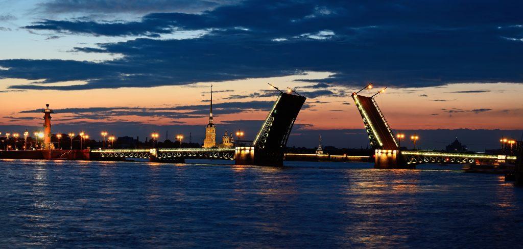 The Guardian включила Петербург в топ-2017 направлений мира