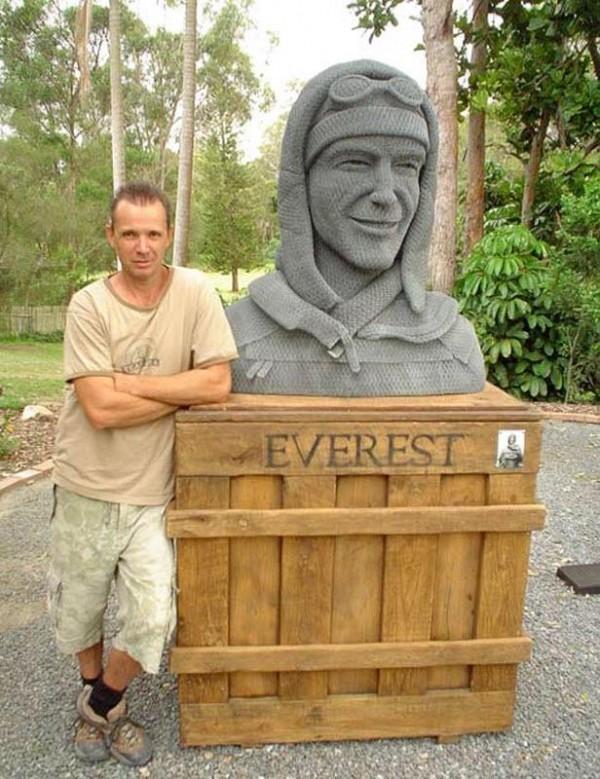 Иван Ловатт – мастер скульптуры из проволоки