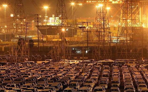 """Стоянка площадью 60 га для новых автомобилей """"Тойота"""", Лонг-Бич, Калифорния. авто, факты"""
