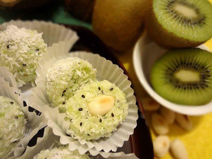 Вкусные и полезные всеми любимые конфеты «Рафаэлло» с киви