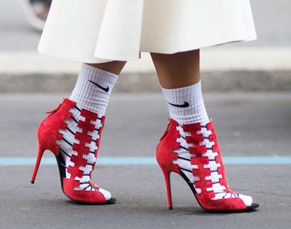 9 трендов, которые еще недавно были верхом безвкусицы,  а сейчас - последний писк моды!