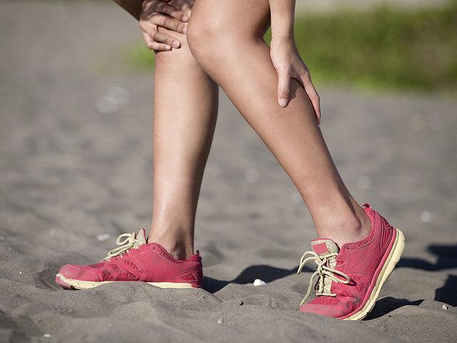 Судороги в ногах: как от них избавиться