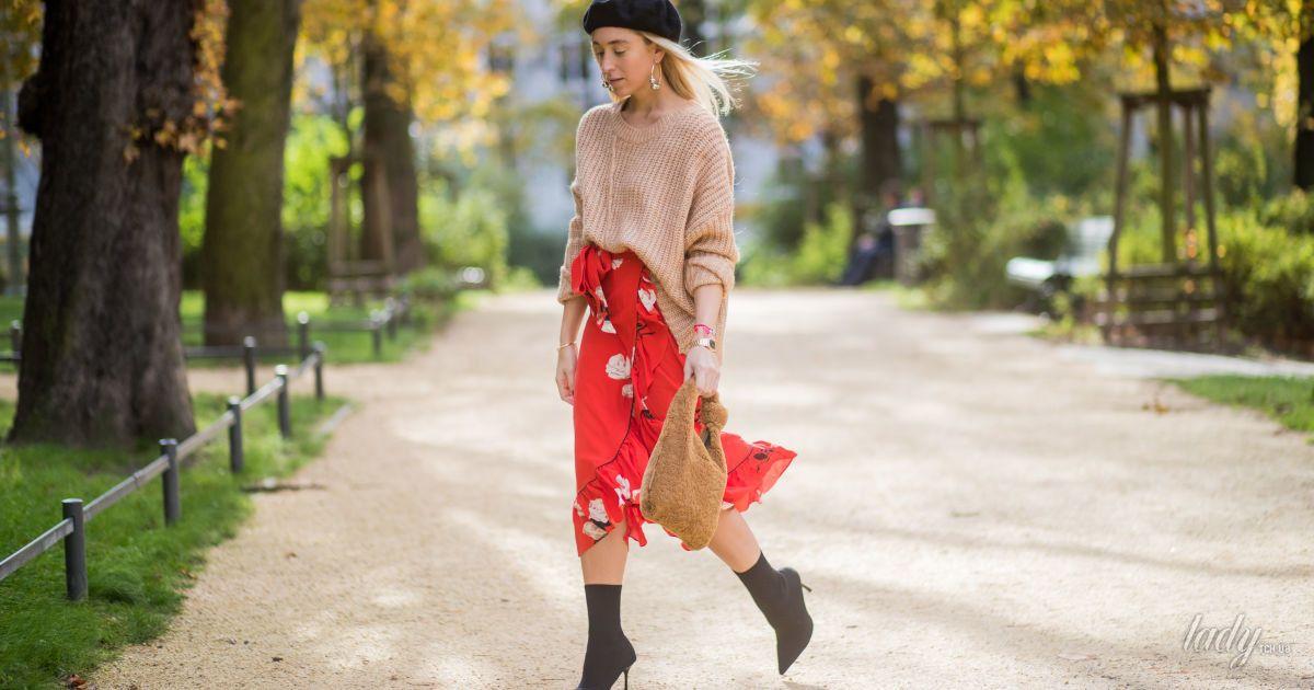 Модная вещь: как носить «бабушкину кофту»