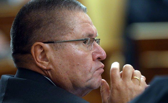 Улюкаев отказался давать показания на допросе