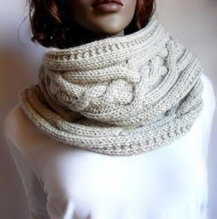 МК пошива и вязания берета и идея вязанного шарфожилета