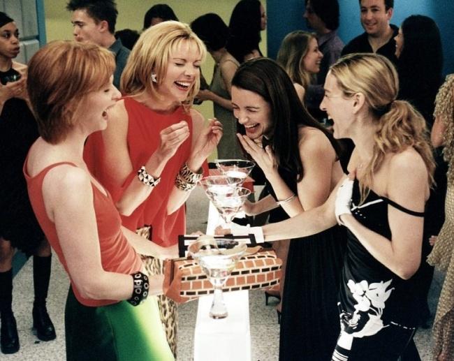 Почему женщинам с возрастом все больше нужны подруги