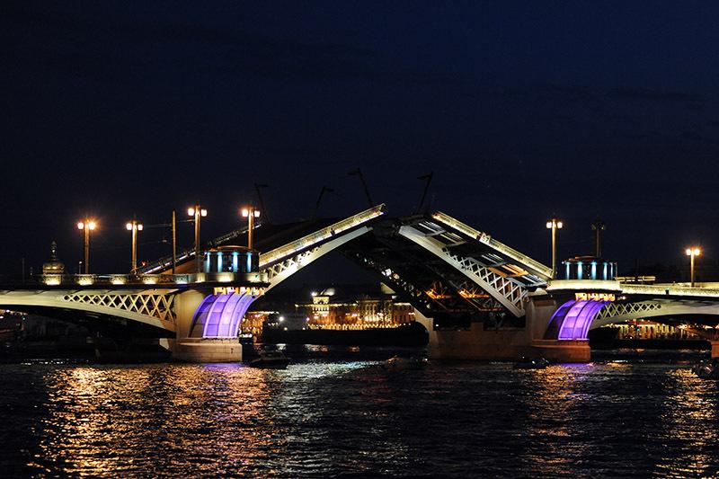 Ночная экскурсия по санкт петербургу мосты