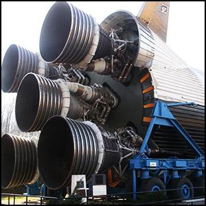 Нет ракеты – нет полётов на Луну