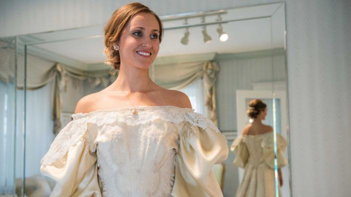 11-я невеста в семье наденет на свадьбу семейную реликвию - платье, которому уже 120 лет